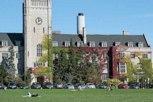 International Undergraduate Entrance Scholarship At The University Of Guelph